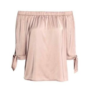 🆕 NWT H&M Off The Shoulder Blouse